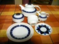 Thomas Arcta Bogenkante: Kaffeekanne für 2 Personen mit blauem Deckel