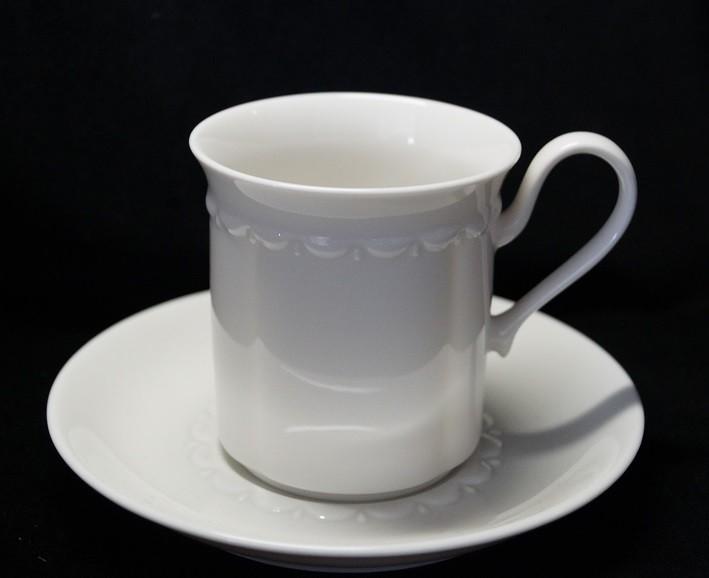Rosenthal Anna Weiss - Pearl China: Kaffeetasse 2-tlg. H = 8 cm, Ø 7,5 cm UT 14,5 cm