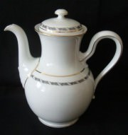 Rosenthal Balmoral Rankenband schwarz: Tee-/Kaffeekannekanne 6 Pers.